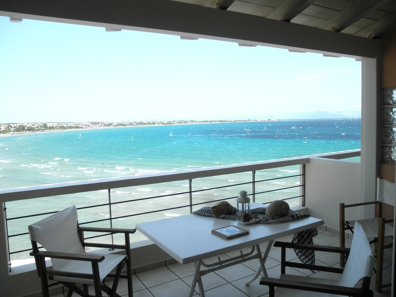 Artemis' Star, close to Athens Int. Airport, holiday rental in Artemida