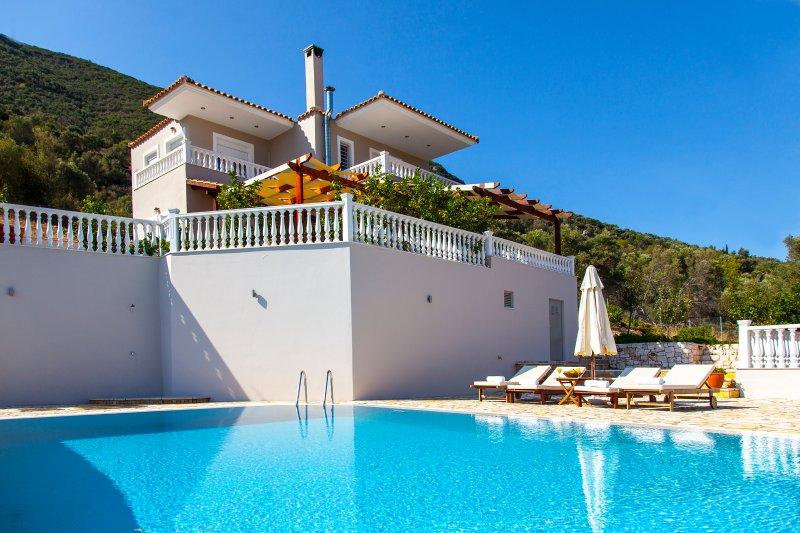 Private Villa Dream With Pool & AmazingViews, aluguéis de temporada em Ponti Agiou Petrou