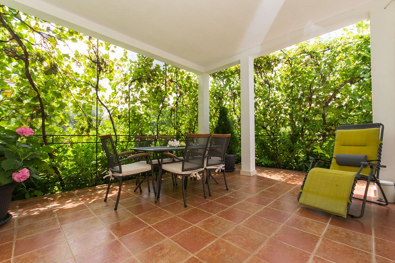 Apartment Lorenzo; Seget Donji, Trogir, casa vacanza a Donji Seget