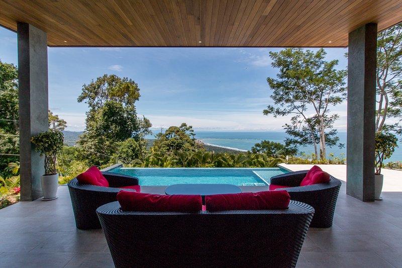 Spectacular Ocean Views, Beach, Tropical  Luxury, location de vacances à Uvita