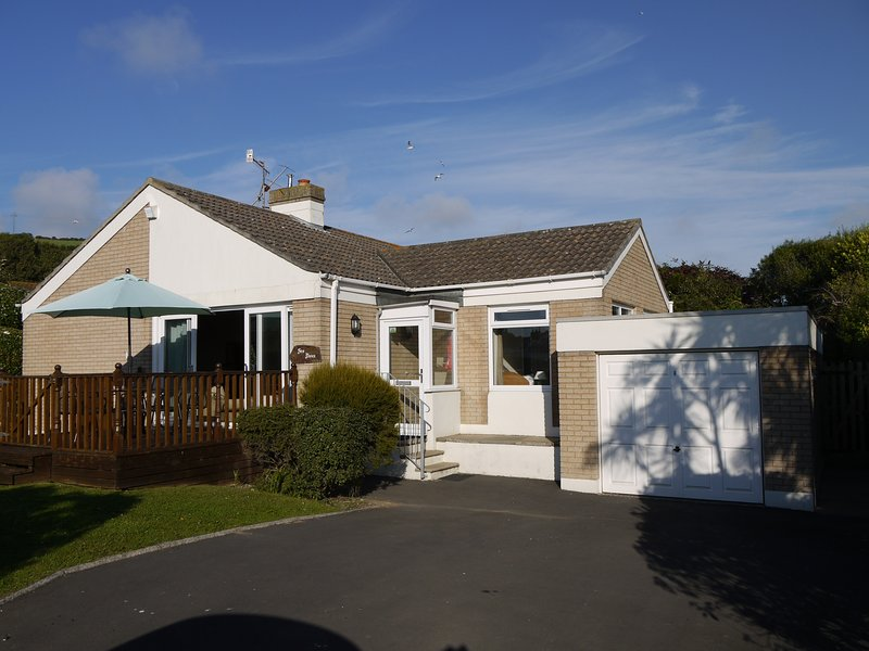 Sea Dunes - An traditional, idyllic Croyde bungalow