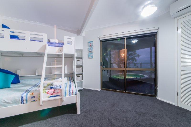 4th Bedroom - 3 bed bunk