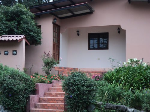 Boquete Panama Fully Furnished 1/1 Apartments Walk To Town Creek and Mountains, vacation rental in Chiriqui Province