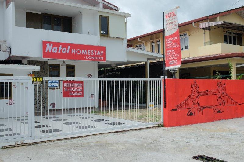 Natol Motel- London Home (R.2), holiday rental in Kuching