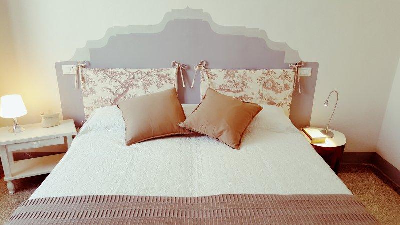 'Montevenere 83' Dimora di charme nella campagna toscana, holiday rental in Chiusi
