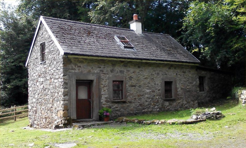 Rathosey Cottage, holiday rental in Collooney