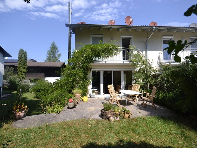 Bavarian Holiday House, vacation rental in Feldafing