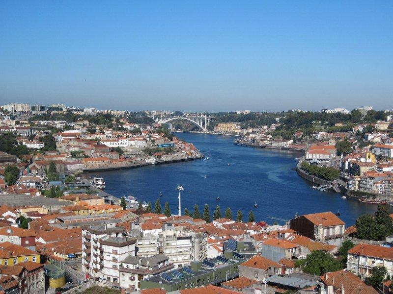 Spectacular Views Penthouse Apartment, Ferienwohnung in Vila Nova de Gaia