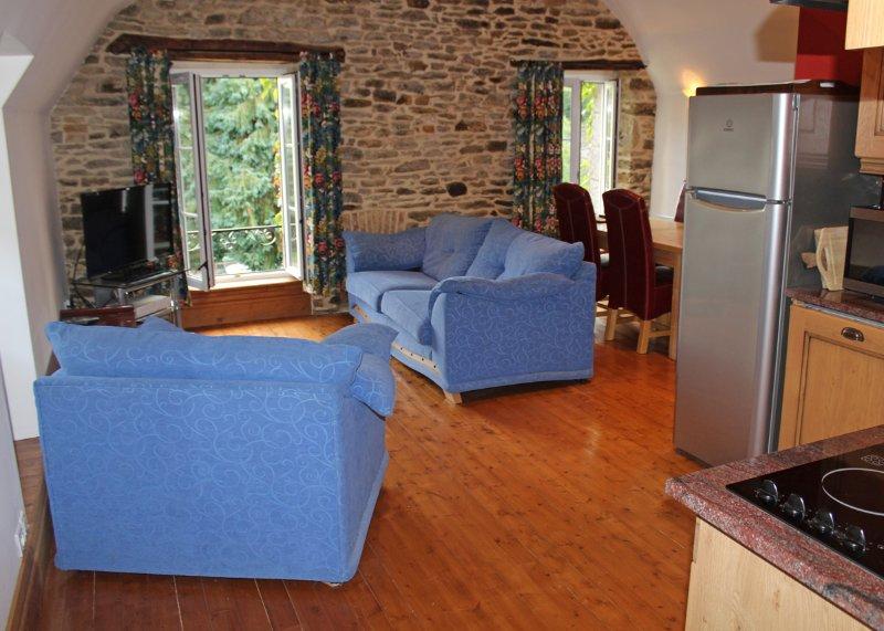 Leonardo Apartment, Lehon, Dinan, Brittany, holiday rental in Dinan