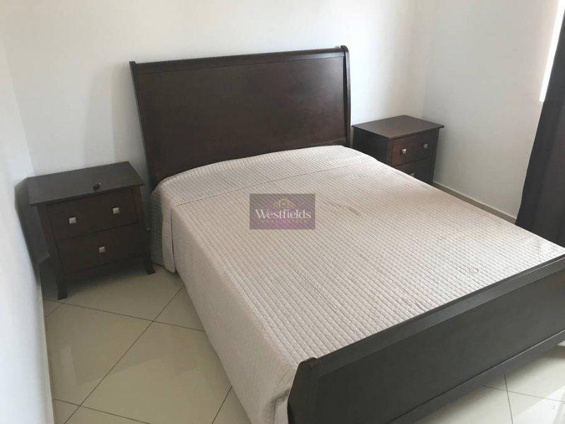 Beautiful 2 bedroom Apartment, alquiler vacacional en Legon