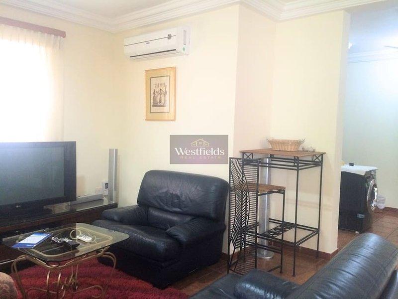 Nice 2bedroom House at Labone,Accra, Ferienwohnung in Oyarifa