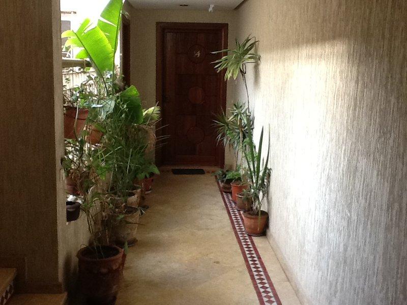 Appartement lumineux, vacation rental in Rabat-Sale-Zemmour-Zaer Region