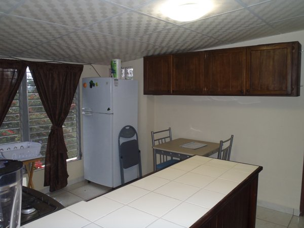 Boquet Panama Fully Furnished Apartments Walk to Town Great Location, aluguéis de temporada em Alto Boquete