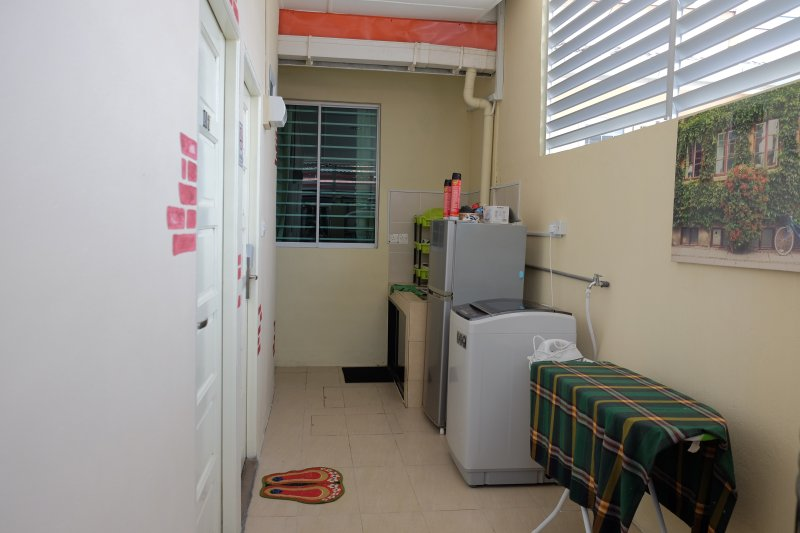 Natol Motel -L.A Home(R.1), holiday rental in Kuching