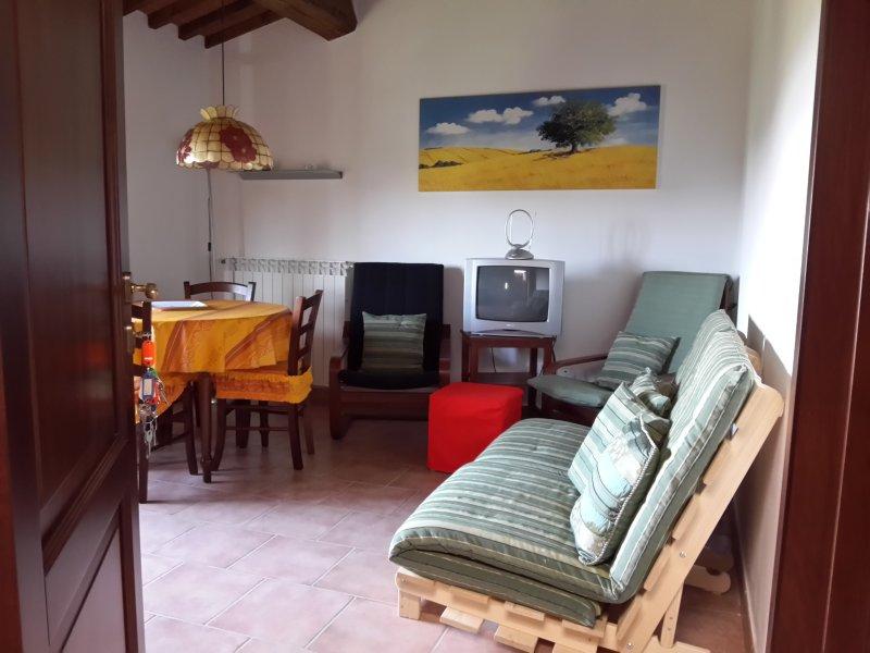 Appartamento Grecale, holiday rental in Partino
