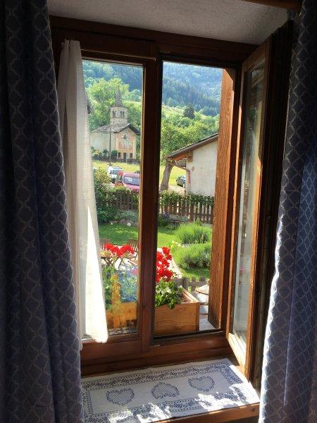 Appartamenti coeur de montagne a due passi dalla città uno dalla montagna, vacation rental in Saint-Oyen