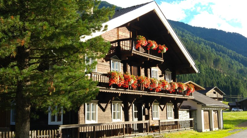 Haus EVEN - ideal for up to 11 persons, family and friends!