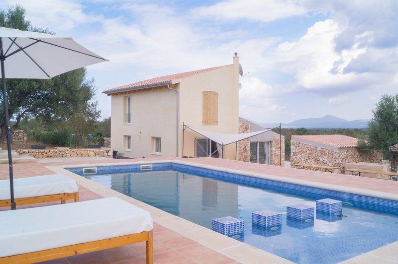 Can Susacasa, finca aislada con piscina privada., Ferienwohnung in Santa Margalida
