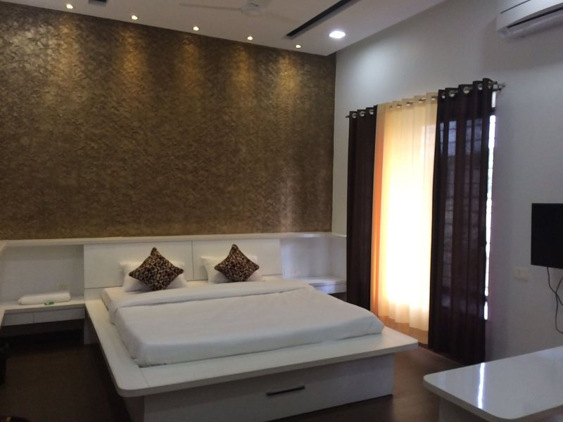 AAKIYO Rooms, holiday rental in Vagholi