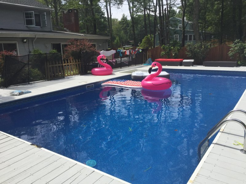 New Hot Tub & Heated Pool in Prime Woodstock Gut Renovated Modern ...