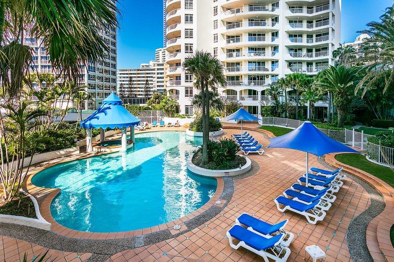 Upscale 3 Bedroom Apartment in Surfers Paradise UPDATED ...