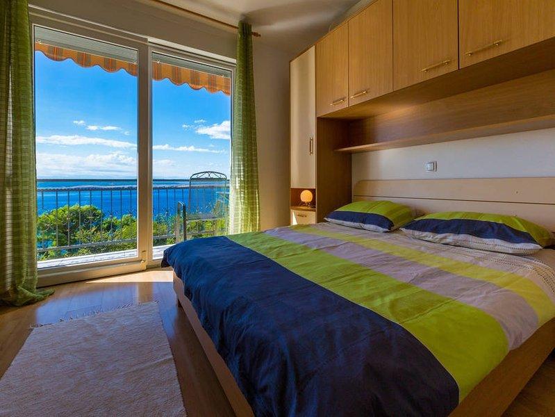 Apartmani Domino - room 4, location de vacances à Dramalj