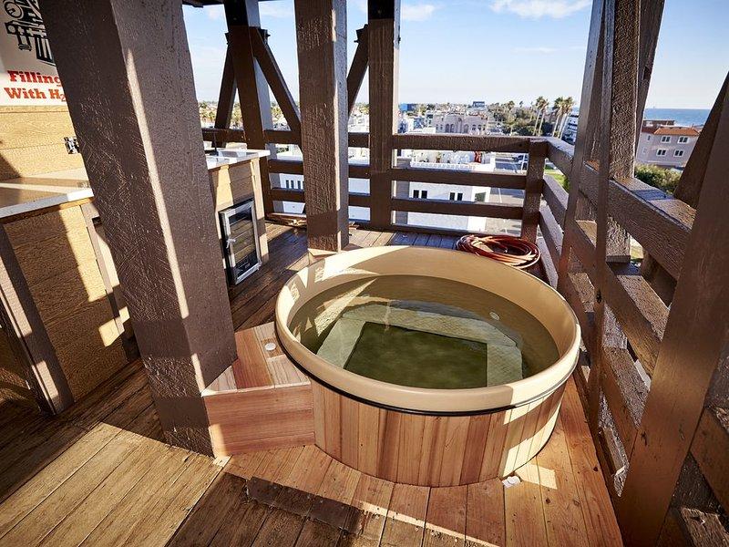 Water Tower UPDATED 2019: 4 Bedroom House Rental in Seal