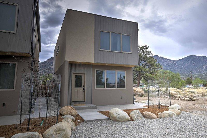 Beleef de ultieme Rocky Mountain-retraite met dit huis in Buena Vista.