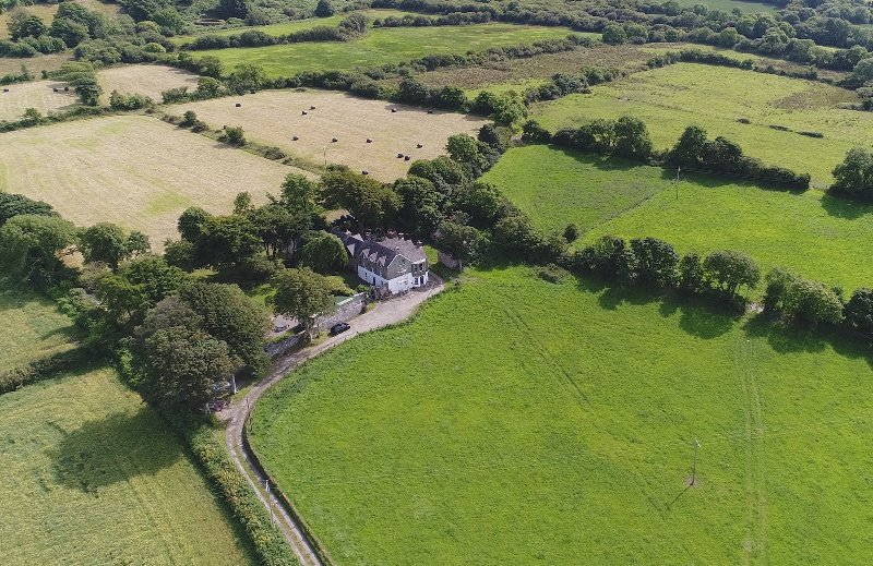 The Rectory and Cottage are surrounded by beautiful farm land with Atlantic Sea views to the West