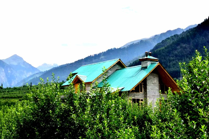 Rising In Yoga Luxury Retreat & Magical Space Home Stay, holiday rental in Karjan