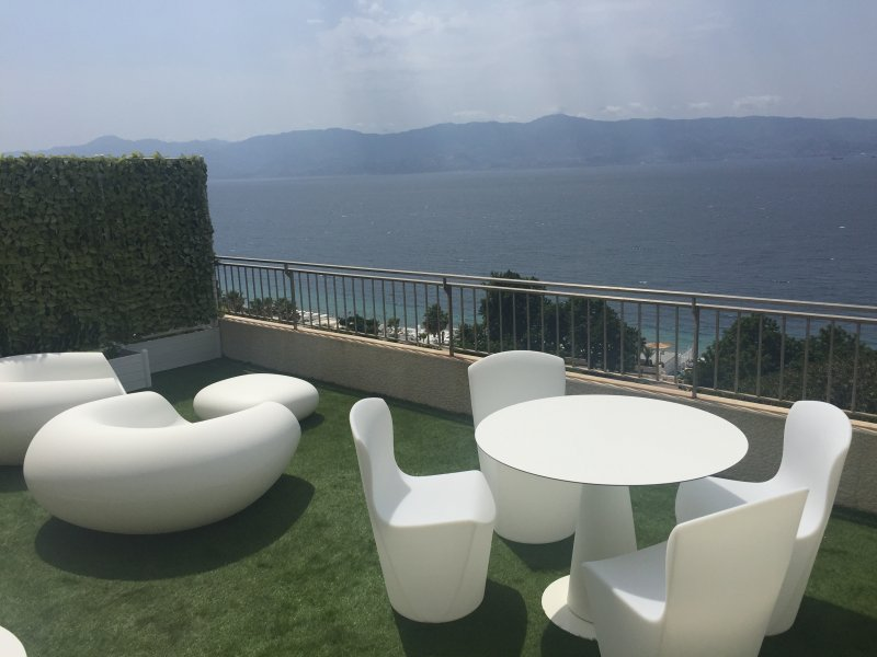 REGGIO SUITE Number TWO, vakantiewoning in Gallina