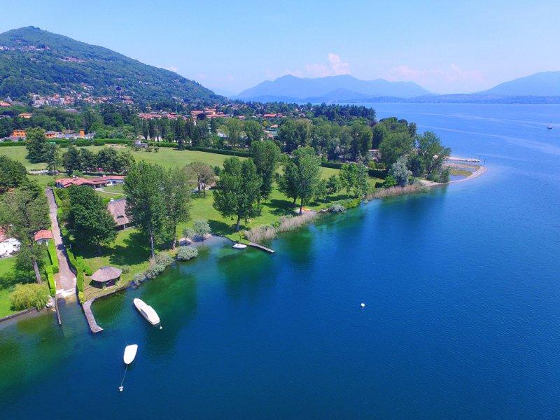 Villa Solcio, Lesa Lake Maggiore - NORTHITALY VILLAS vacation rentals