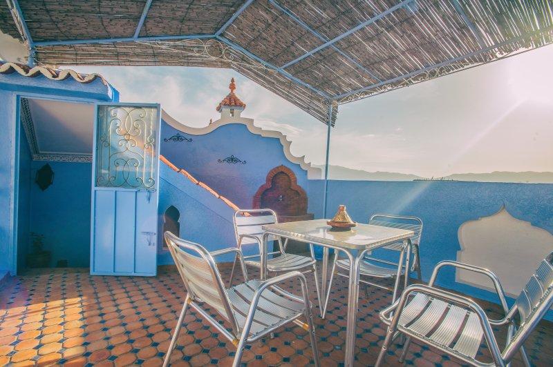 dar lalla chafia 2 (maison bien meublé), location de vacances à Chefchaouen