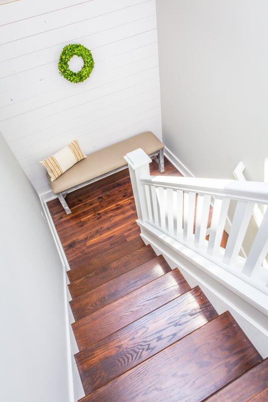 rincón chimenea en la escalera al segundo nivel