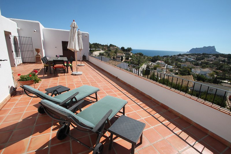Argentario - sea view villa with private pool in Benissa, vacation rental in Benissa
