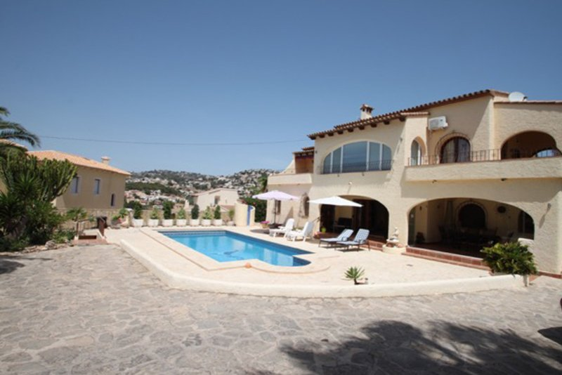 Beaulieu - holiday home with private swimming pool in Moraira, Ferienwohnung in Canor