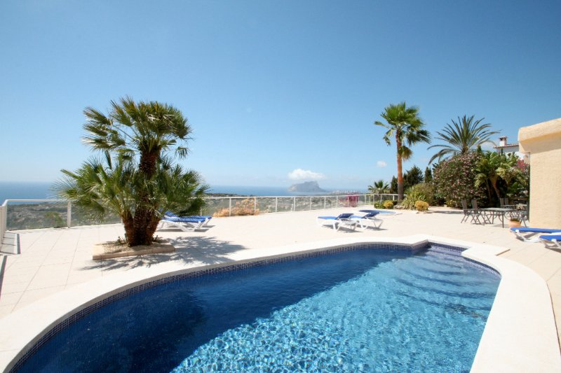 Bellavista - fantastic sea view villa in Moraira, location de vacances à Benissa