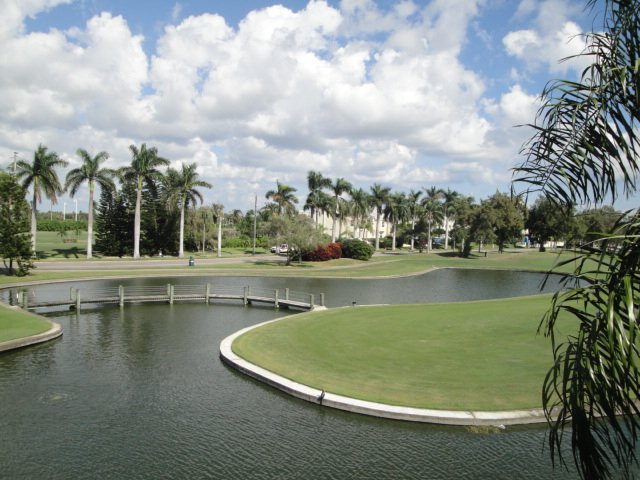 Isla's Ponds on the Isla del Sol Golf Course