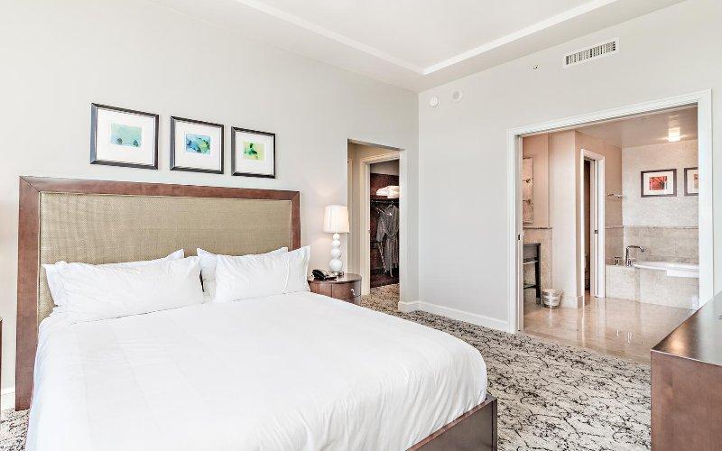 Ocean view 2 bedroom condo #1408, vacation rental in Singer Island