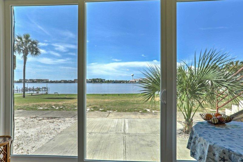 Disfruta de fantásticas vistas durante tu estancia en este alquiler de vacaciones en Fort Walton Beach