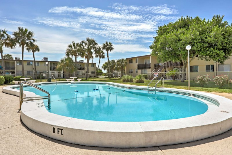 Fort Walton Beach Condo w/ Pool - 6 Min. to Gulf!, vacation rental in Mary Esther
