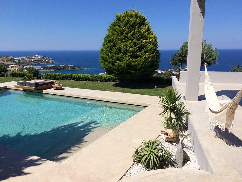 Mama La Roosa  Sea view villa, holiday rental in Ligaria