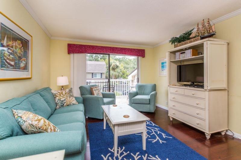 ow-e4-living room.jpg