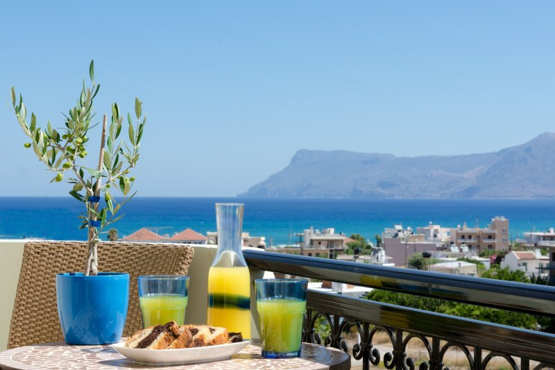 Rose Residence, luxury apartment with sea view, vacation rental in Kissamos