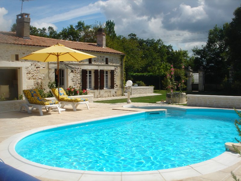 Gîtes Ruraux, holiday rental in Montguyon