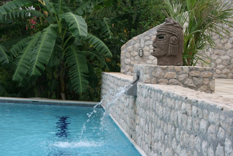 VILLAS CASA LOMA (Jungle House)  FLAMINGO BEACH'S BEST KEPT SECRET FOR 30 YEARS, holiday rental in Playa Prieta