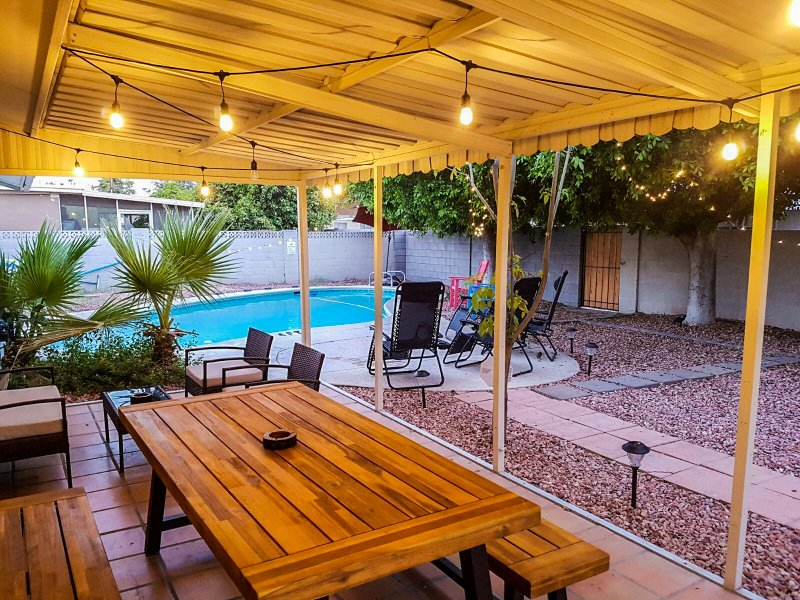 Newly renovated and clean Tempe Home, holiday rental in Tempe