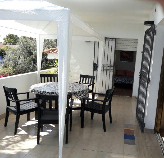 VIVIENDA  a 3 minutos de la playa, alquiler de vacaciones en Santiago de la Ribera