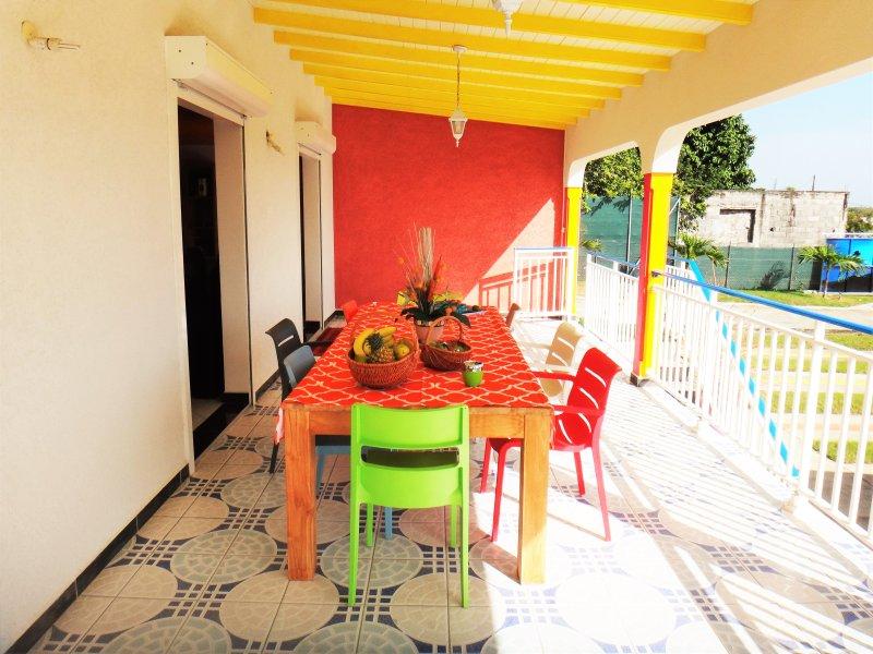 Shaded terrace / Shaded terrace
