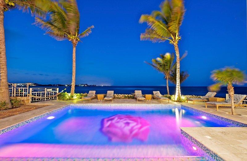 2. Casa Rosa, Akumal Luxury Villa Rose Pool